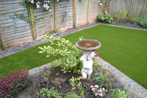 artificial grass in crawley