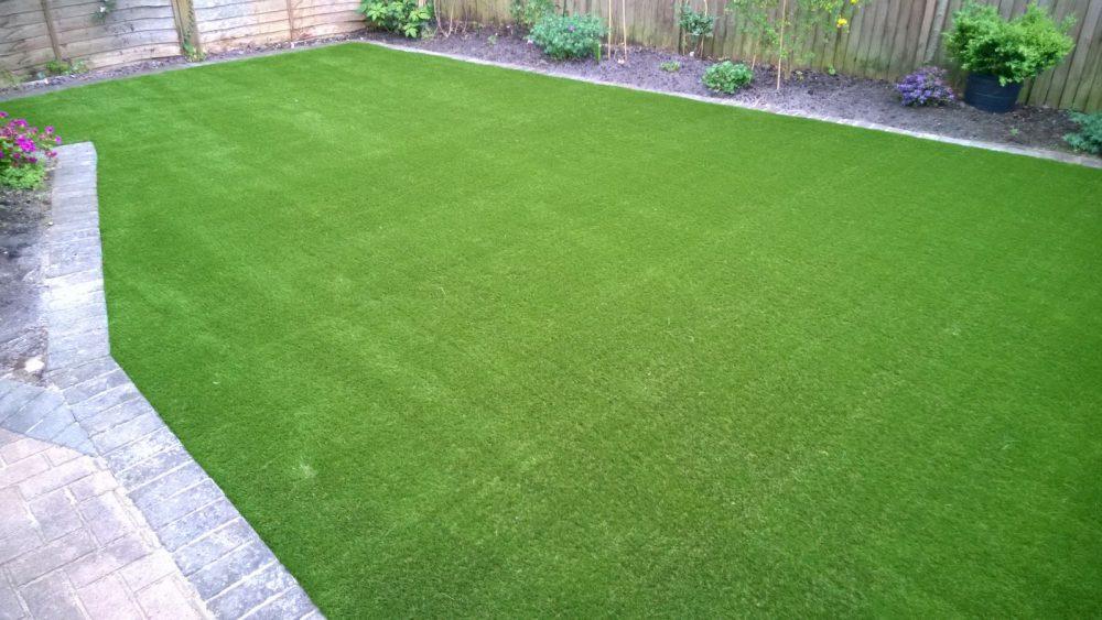 artificial grass in crawley