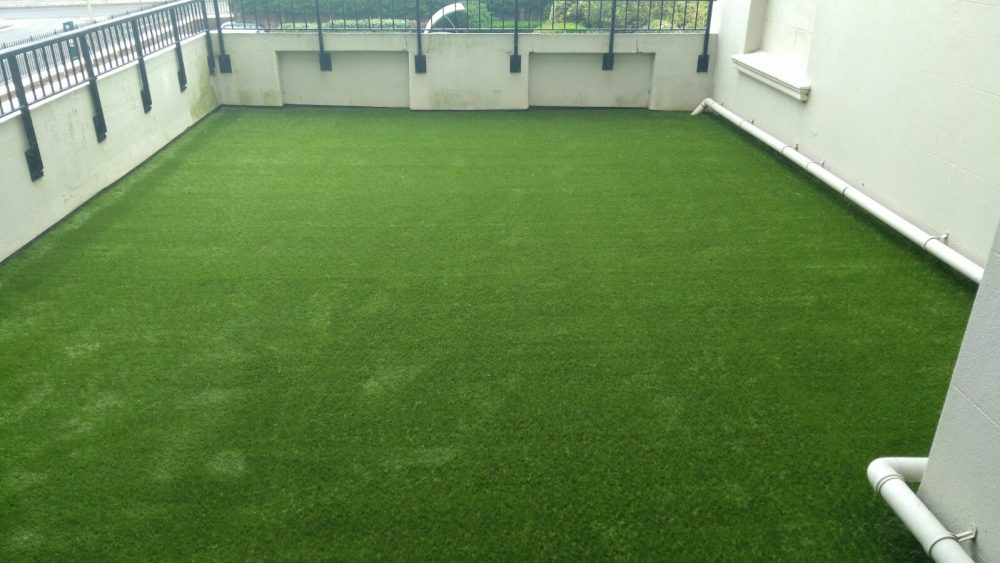 artificial grass for terraces