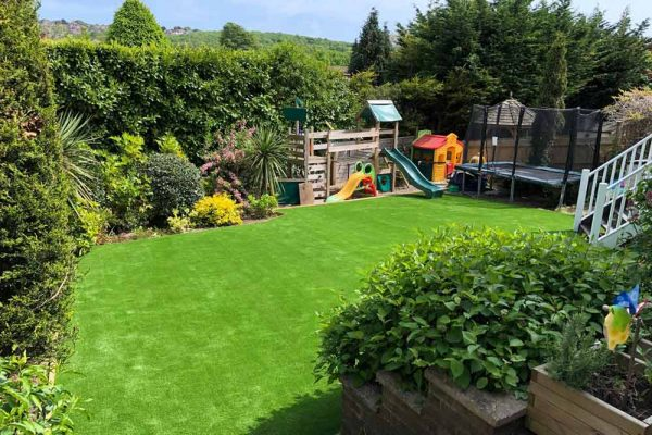 How to Pick the Right Easigrass Range for Your Garden