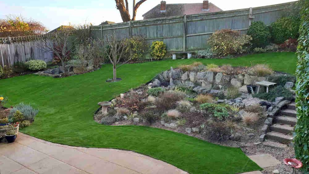 Artificial Grass for Hilly Gardens - Easigrass Sussex